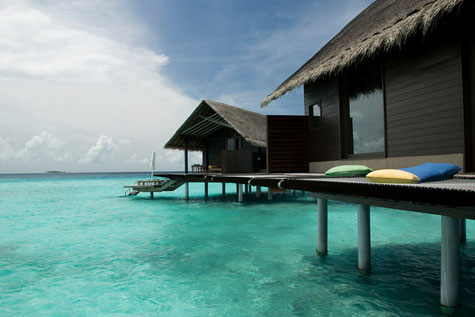 One-and-Only-Reethi-Rah-Maldives-water-villa-sunbathing-deck