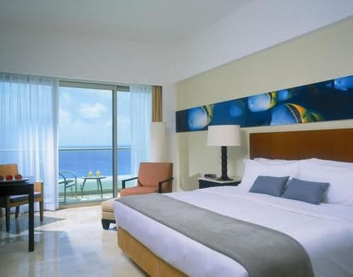 Aqua Cancun