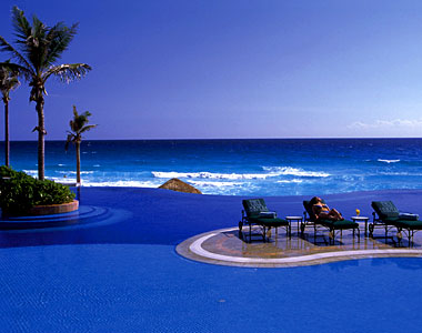 JW_Marriott_Cancun_Resort_Spa