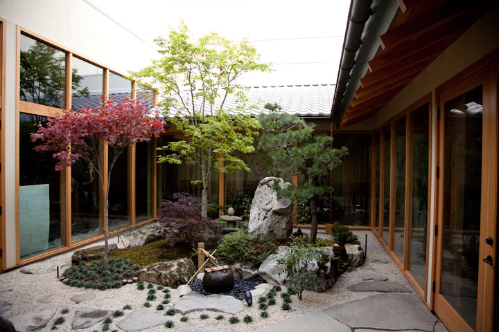 Design and Sushi at Momiji Seattle | Monita Huang
