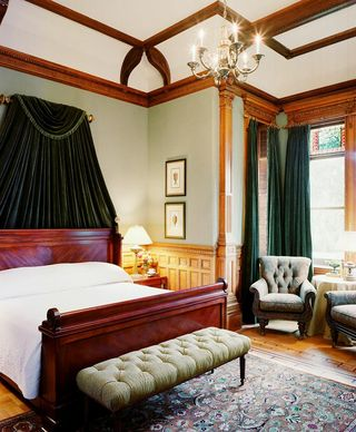 Wentworth_Mansion_Room