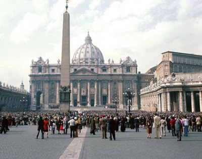 St_peters_basilica_in_the_vatican_1