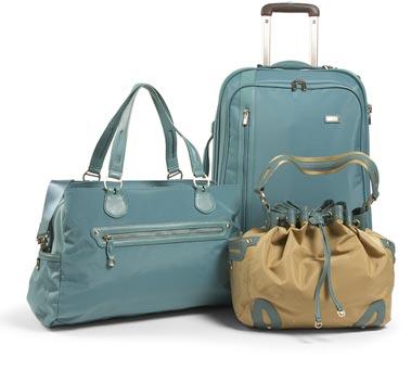 Tumis_vista_line_of_luggage