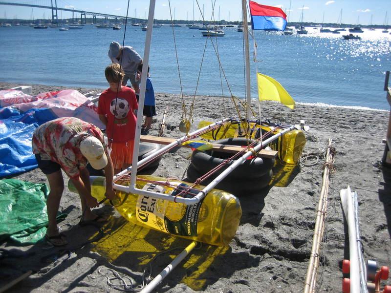 Fools_rules_regatta_boat_construc_3