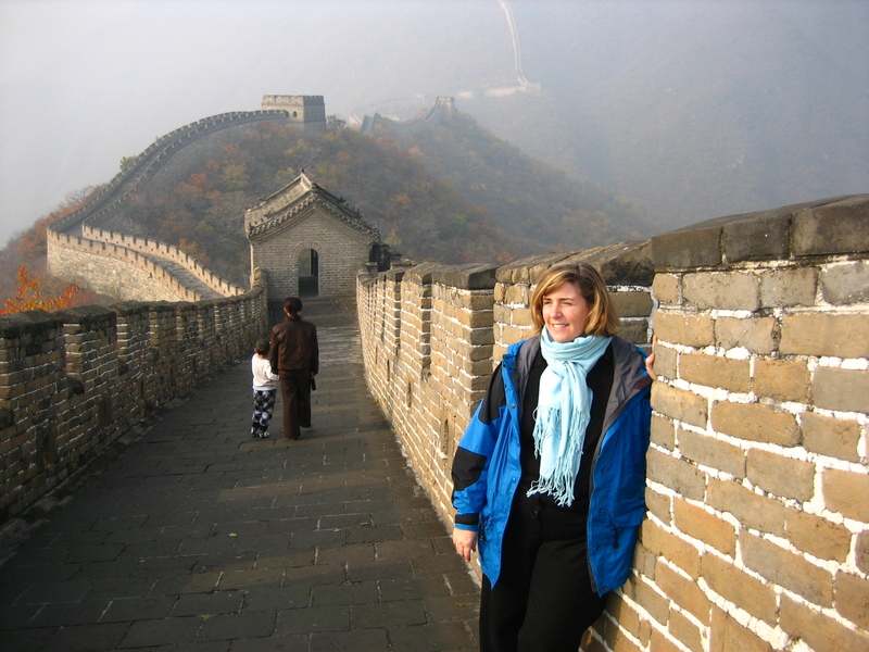 Wendy_at_the_great_wall