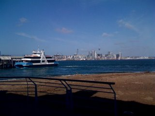 View_of_downtown_auckland_from_devo