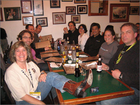 Travel_bloggers_at_gueros